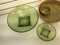 Green glass retro chips w/dip bowl set and