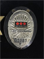 Lot incl. Security Officer Badge w/Securitas