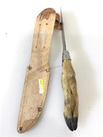 Knife w/deer hoof has handle and sheath, approx