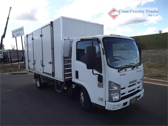 2010 Isuzu NLR 200 Cross Country Trucks Pty Ltd - Trucks for Sale