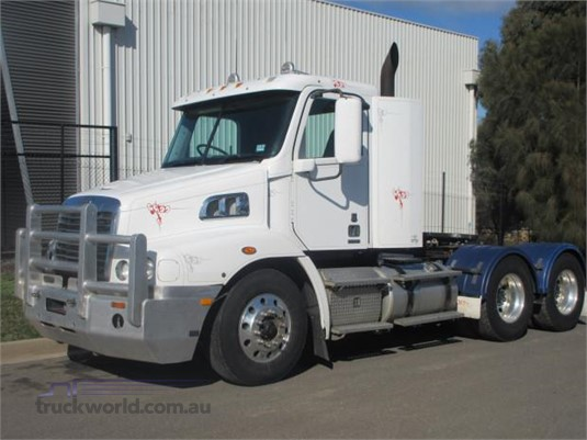 2012 Freightliner Columbia CL120 - Trucks for Sale