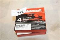 2 PKG MOTORCRAFT SPARKPLUGS  AGSF42C6(4EA)