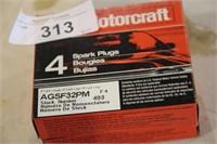 2 PKG MOTORCRAFT SPRAKPLUGS AGSF32PM(4EA)