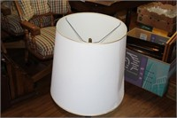 End-Table Lamp & Magazine Rack