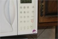 1100 Watt Microwave Oven