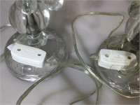 Pr teardrop prism lamps, missing one shade