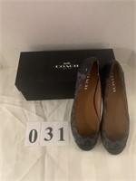 COACH Ladies Shoes - Size 8.5M
