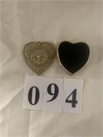 Heart-Shaped Ring / Jewelry Item Box