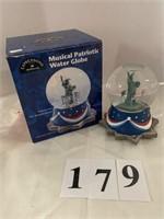 "HALLMARK ""Musical Patriotic Water Globe"