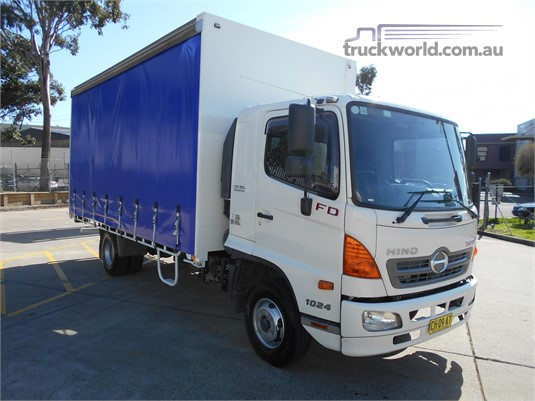 2010 Hino 500 Series - Trucks for Sale