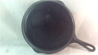 Vintage 10 inch Wagner ware  cast-iron pan