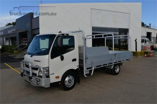 2017 Hino Dutro 616 - Trucks for Sale
