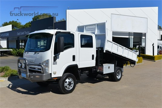 2010 Isuzu NPS 300 4x4 - Trucks for Sale