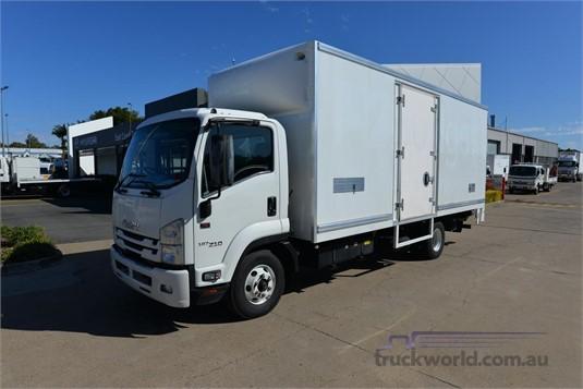 2016 Isuzu FRR 500 - Trucks for Sale