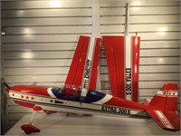 Aero Space Team Extra 300S , remote control Gas