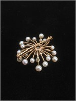 14K Gold Brooch with Pearls - 7.2g TW
