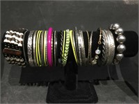 Lot of costume jewelry bracelets, necklaces and