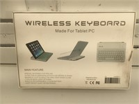 Athoni Wireless Keyboard for Table or PC w/ box,