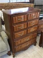 Tall dresser w/5 drawers, approx 3ft x 4ft