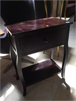 Wooden hall side table w/one drawer, approx 2ft x