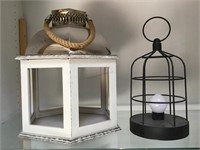 Pair of house decorative items