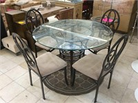 Metal dinning table w/round glass top And 4 metal