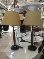 Pair of matching table top lamps, approx 30.8