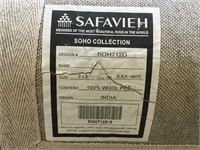 Safavieh Rug, approx 5ft x 8ft