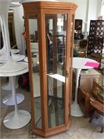 Corner display cabinet w/3 glass shelfs, approx