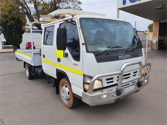 2006 Isuzu NPR 300 Dual Cab - Trucks for Sale