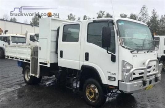 2015 Isuzu NPS 65 155 4x4 CREW - Trucks for Sale
