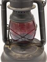 Antique Dietz Little Giant Lantern 70 Hour Fount