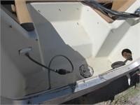 1979 AMF CRESTLINER OPEN BOW BOAT