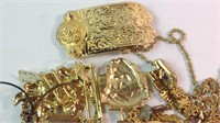 Lot of miscellaneous costume jewelry