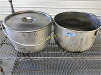 2x Large Aluminum Pots