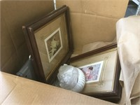 Table top lot of assorted mirrors and table top
