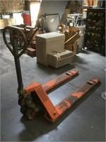 Pallet jack, working condition