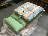Pair of matching patio cushions w/Tag like New