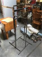 Metal clothing rack w/Adjustable height