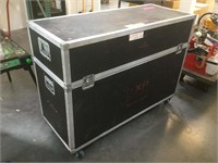 Equipment travel hard case on wheels, approx