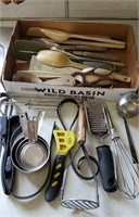 Kitchen Utensil Lot