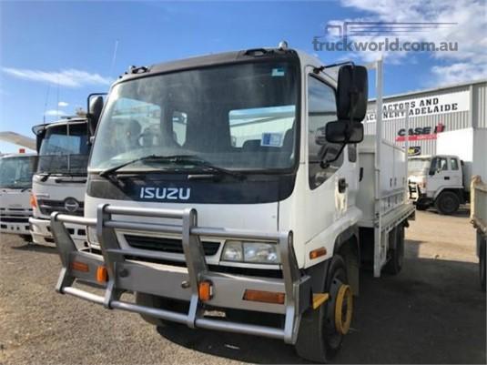 1999 Isuzu FSS 550 4x4 - Trucks for Sale