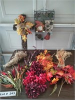 FALL DÉCOR AND FLORAL SUPPLIES