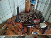 ASSORT HAND, PNEUMATIC, AND ELECTRIC TOOLS AS PICT