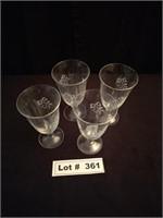 STEMMED DRINKING GLASSES