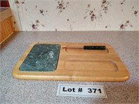 HORDERVE CUTTING BOARD/SERVING BOARD WITH KNIFE