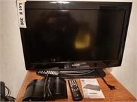 SANYO TV AND CONVERTER BOX - WORKS