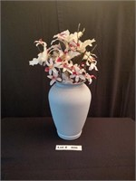 LARGE POTERY VASE WITH FLORAL ARRANGEMENT