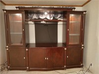 LARGE ENTERTAINMENT CENTER WITH WORKING LIGHTS