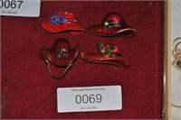 4 red hat pins